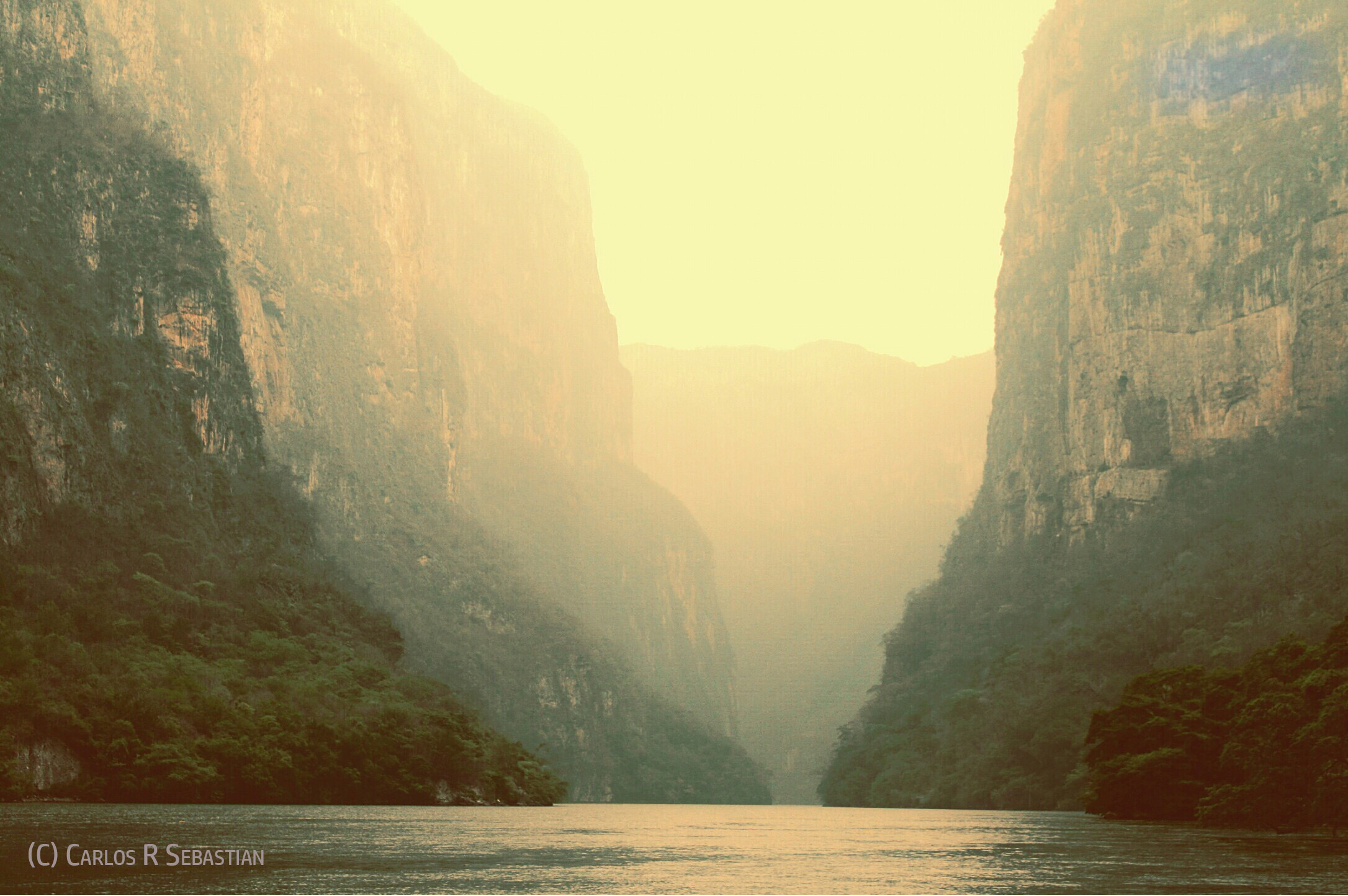 Enlightment is the process of awakening to the light that directs our life - Cañon del Sumidero - copyrighted image